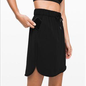 Lululemon on the fly Skirt *woven - black